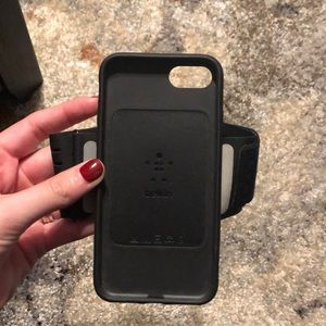 Belkin Iphone 8 phone case arm band for running